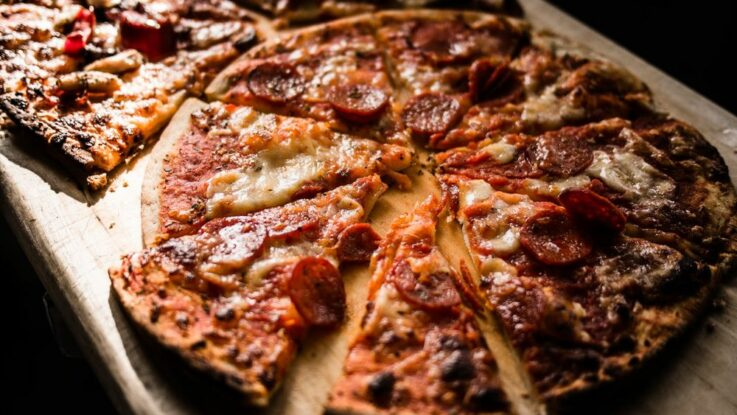 Lopata na pizzu